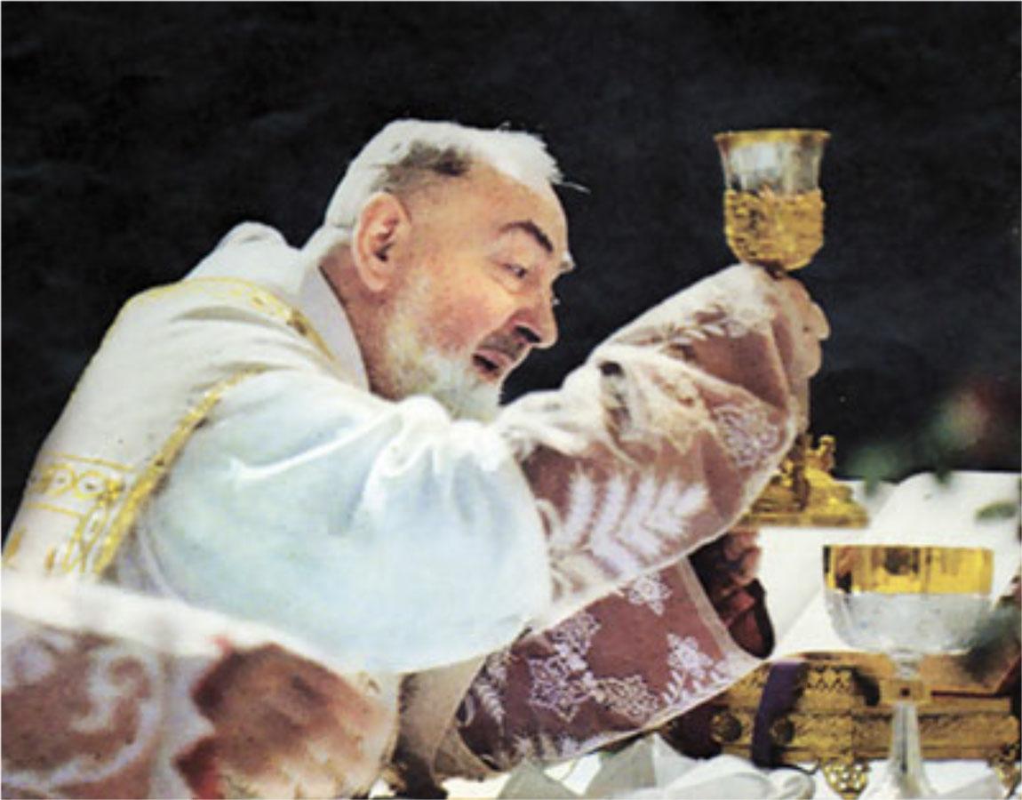 http://caccioppoli.com/%2714%20PP%203%20pics/Padre-Pio-07.jpg